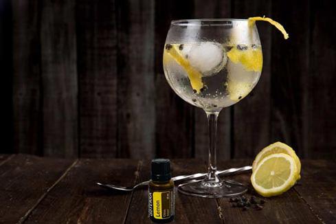 Gin com óleo de Limão