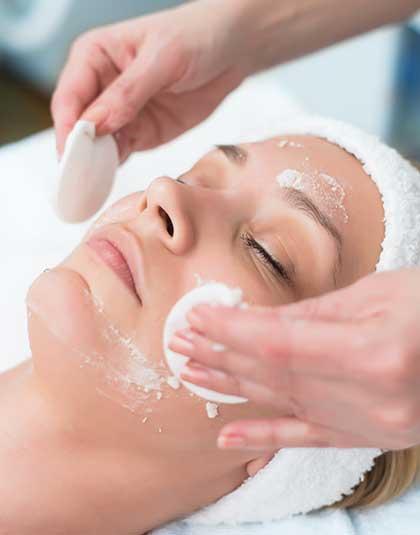 Limpieza facial en Clínica Estética