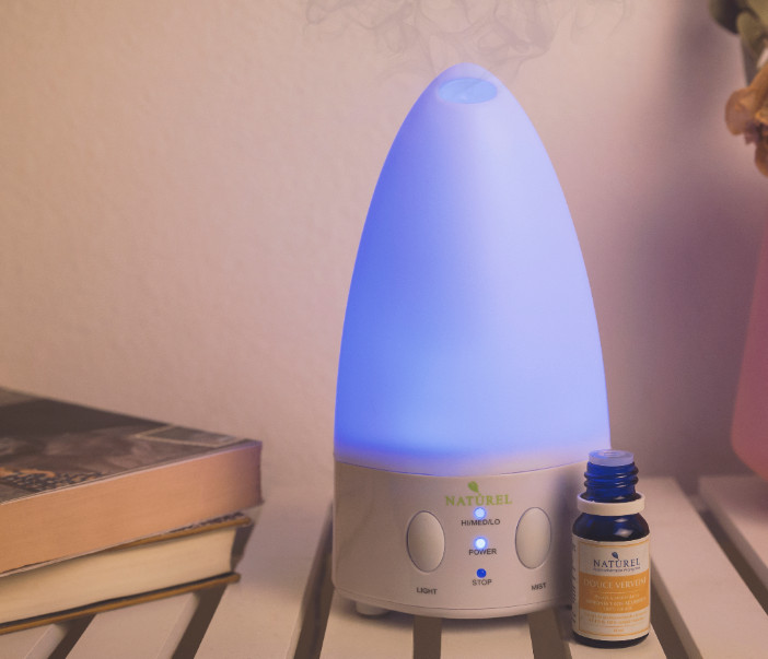difusor con luz aromaterapia