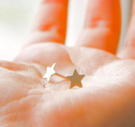Aro estrellas de plata